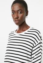 Superbalist - Contrast stripe dolman t-shirt dress - black and white stripe