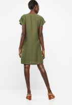 Superbalist - Zip detail shift dress - khaki green