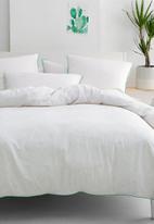 Linen House - Cora duvet cover set - multi