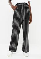 Superbalist - Wide leg pant - black and white stripe