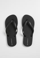 Superbalist - Rubber flip flops - black