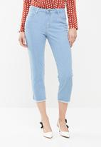 Missguided - Mid rise cropped straight leg jean - blue