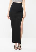 Missguided - Ribbed slit front maxi skirt - black