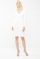 Missguided - Ponte long sleeve midi dress - white