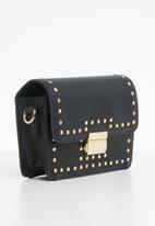ONLY - Cross over studded bag - black & gold