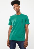 Diesel  - T-just pocket crew short sleeve T-shirt - green