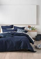Linen House - Deluxe waffle duvet cover set - indigo