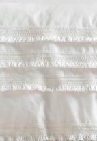 Linen House - Davina duvet cover set - ecru