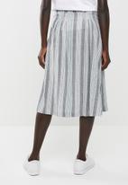 edit - Linen look button down skirt - blue