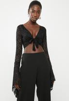 Missguided - Lace tie front sleeve cover up top - black