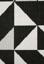 Sixth Floor - Modern triangles outdoor rug - black & white