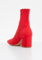 Missguided - Mid heel sock boot - red