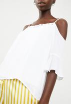 Noisy May - Alberte cold shoulder top - white