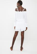 Noisy May - Alberte long sleeve playsuit - white
