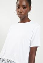 ONLY - Bella lace short sleeve top - white