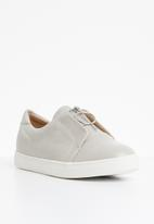 Superbalist - Amber zip sneaker - grey