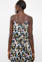 Vero Moda - Lily rose singlet - black