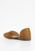 Superbalist - Pointed toe pump - tan