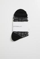 Superbalist - Check sheer socks - black
