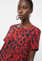 Vero Moda - Savannah short sleeve top - red