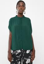 Vero Moda - Daisy tie short sleeve blouse - green