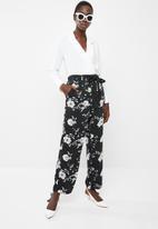 Vero Moda - Daniella tie pants - black