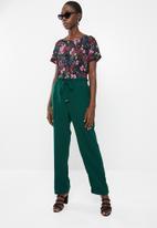 Vero Moda - Dylan high waist pant - green