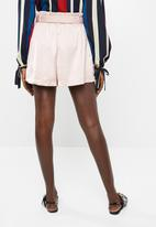 Vero Moda - Dala shorts - pink