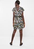 Vero Moda - Lily rose short sleeve short dress - black