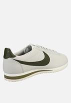 Nike - Classic Cortez - light bone/olive