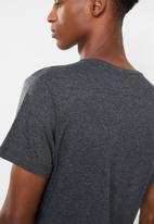 Brave Soul - Arkhamh tshirt - charcoal