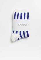 Superbalist - Vertical stripe ankle socks - blue