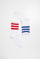 Superbalist - 2 pack sport ankle socks - red and blue