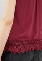 ONLY - Julie sleeveless woven top - red
