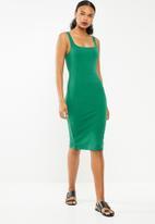 STYLE REPUBLIC - Square neckline bodycon dress - green