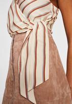 MANGO - Bow detail striped top - white