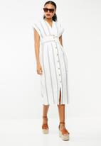 STYLE REPUBLIC - Front button dress - navy & white