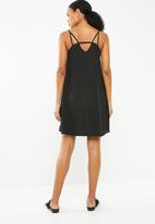 Superbalist - Chiffon strappy dress - black