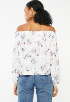 Superbalist - Off the shoulder button front blouse - pink