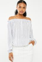 Superbalist - Off the shoulder button front blouse - blues stripe