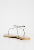 Superbalist - T-bar sandal - white