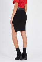 Supré  - Ponte split skirt - black