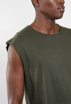 Brave Soul - Varley vest - khaki green