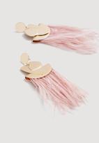 MANGO - Feather earrings - pink