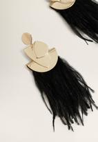 MANGO - Feather earrings - black