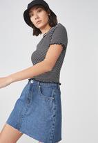 Factorie - Short sleeve quarter zip top - black & white