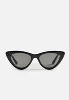 MANGO - Cat-eye sunglasses - black