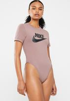 Nike - Essential bodysuit - pink
