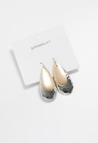 Superbalist - Cara drop earrings - gold & silver