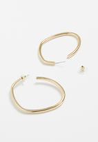 Superbalist - Anna hoop earrings - gold
